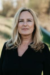 Petra Bouschka - Diplompädagogin (Univ.), Systemische Einzel-, Paar- und Familientherapeutin, Trainerin, Coach und Supervisorin
